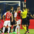 Olivier Giroud Arsenal red card Dinamjo Zagreb