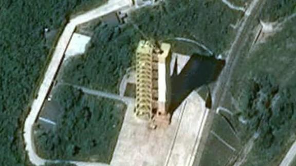 north korea nukes starr dnt tsr_00001005.jpg