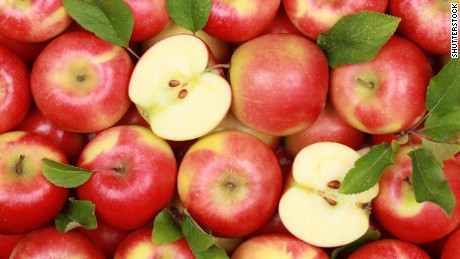 Pesticides: How 'bout washing them apples?