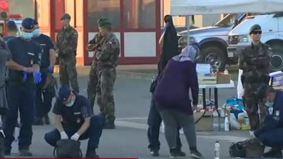 migrants hungary croatia border lkl wedeman_00003427.jpg