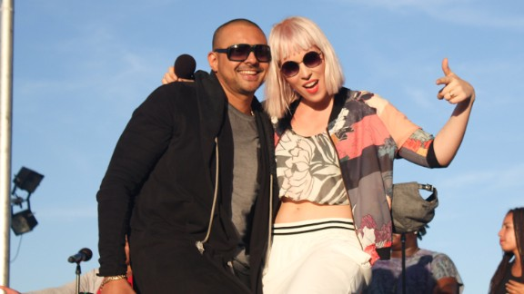 Sean Paul and Natasha Bedingfield perform during the Pope Francis Moral Action on Climate Justice Rally on the National Mall in Washingotn on September 23, 2015.
