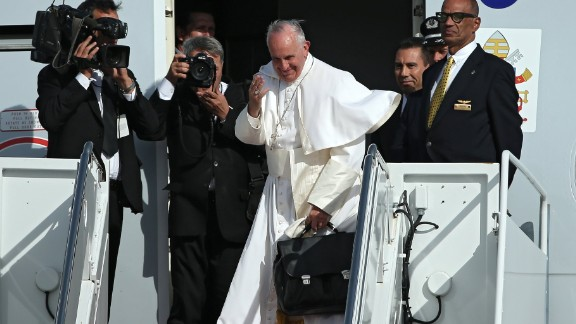 JOINT BASE ANDREWS, MD - SEPTEMBER 24: Pope Francis departs from Washington, DC en route to New York City on September 24, 2015 in Joint Base Andrews, Maryland.The Pope is on a six-day trip to the U.S., with stops in Washington, New York City and Philadelphia. (Photo by Patrick Smith/Getty Images)