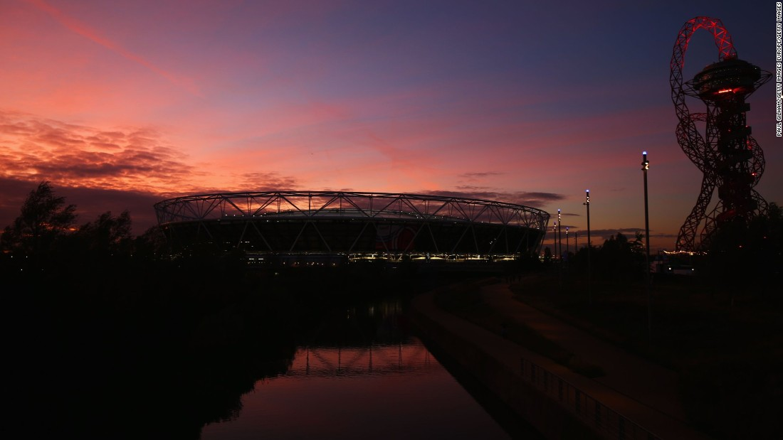 The Queen Elizabeth Olympic Park, which hosted the London 2012 Games, was bathed in a stunning sunset before the evening game.