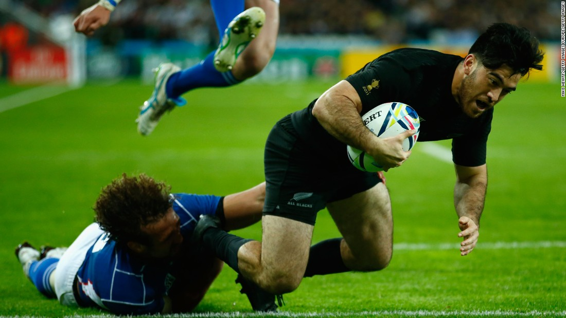Winger Nehe Milner-Skudder crossed twice in the first half as the All Blacks ran in five tries.