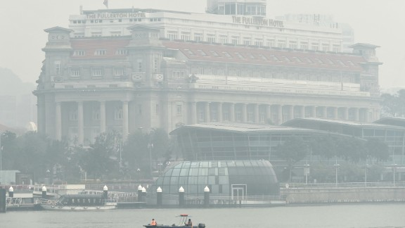 The Fullerton Hotel, a Singapore landmark, is blanketed in thick smog on September 24.