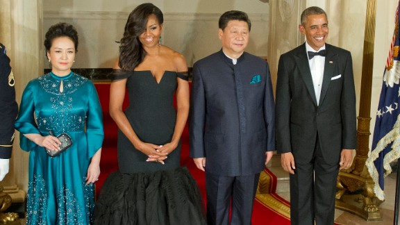 Chinese President Xi Jinping's wife Peng Liyuan, first lady Michelle Obama, Chinese President Xi Jinping and President Barack Obama pose for a formal photo prior to a state dinner at the White House, September 25.