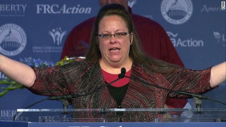 Kim Davis Republican Values Voter Summit award_00000606