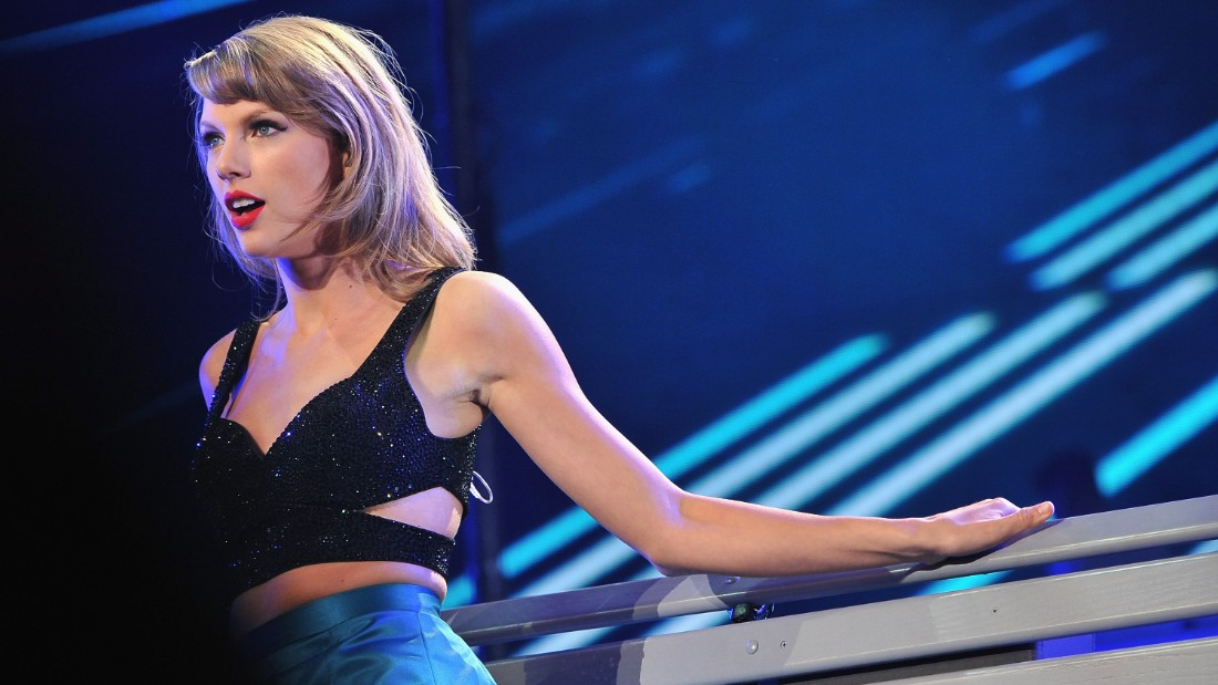 Taylor Swift Donates 50000 For Sick Baby Cnn