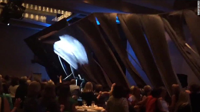 Carly Fiorina stage collapse curtains_00001814
