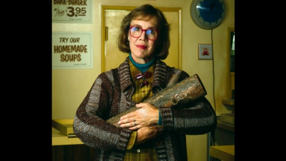 "Catherine Coulson was best known to ""Twin Peaks"" fans as the ""Log Lady"" from the surreal cult TV series. She died September 28 at the age of 71."