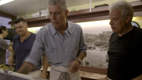 marseille pizza truck bourdain ripert parts unknown_00000702