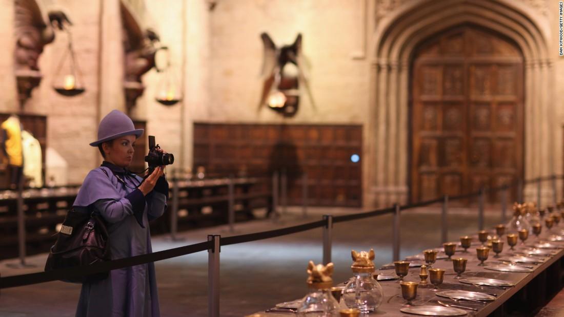 Celebrate Christmas At Harry Potter S Hogwarts Cnn Travel