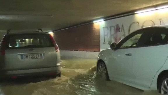 france flash flooding french riviera hollande sot_00000802.jpg