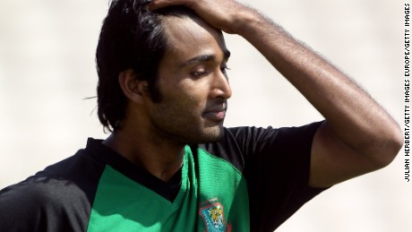 Shahadat Hossain pictured training at Old Trafford on June 3, 2010 in Manchester, England.