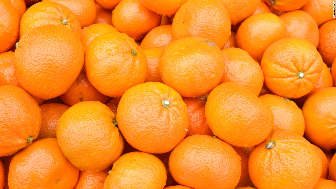 Oranges keep for up to two weeks when stored at room temperature.