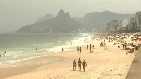 Thieves swarm some of Rio's most popular beaches