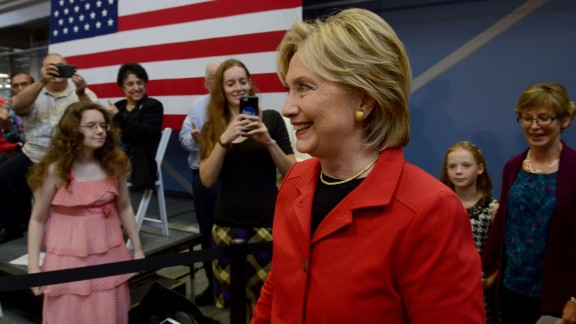 Democratic Presidential candidate Hillary Clinton arrives to speak at a town hall event at Manchester Community College October 5, 2015 in Manchester, New Hampshire.