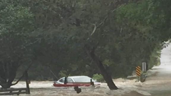 flooding rescue tuchman dnt ac _00004322.jpg