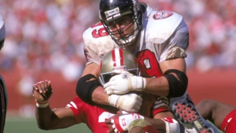 Ex-NFL player weighs in on concussions