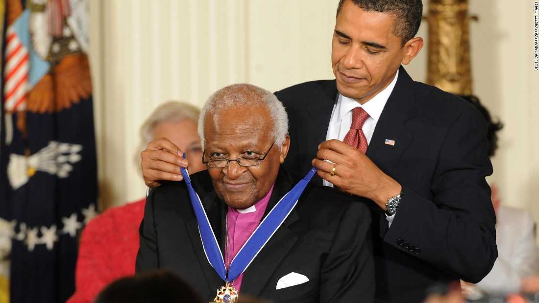 In 2009, Tutu is awarded the Presidential Medal of Freedom by U.S. President Barack Obama.