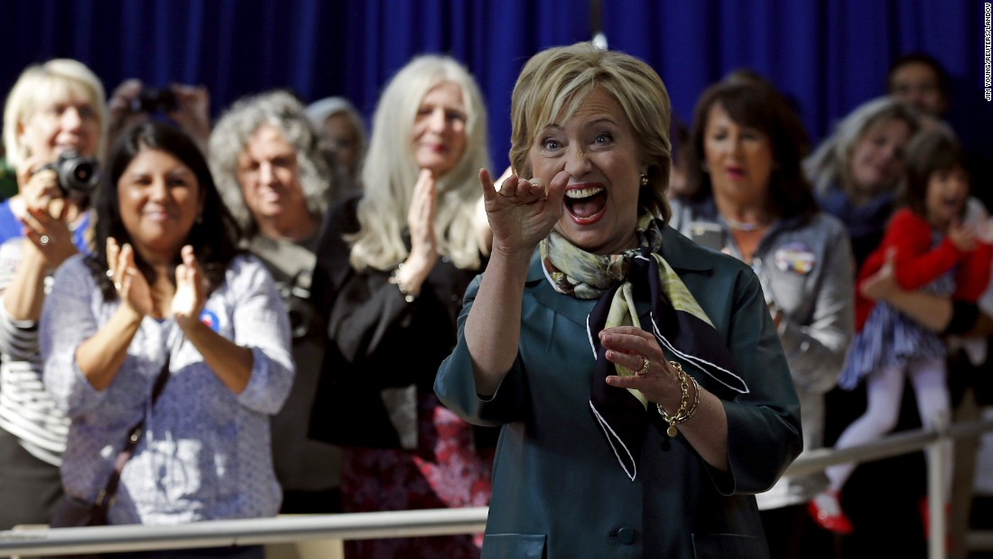 U.S. Democratic presidential candidate Hillary Clinton waves to the audience at a campaign event in Davenport, Iowa, on Tuesday, October 6. <br />