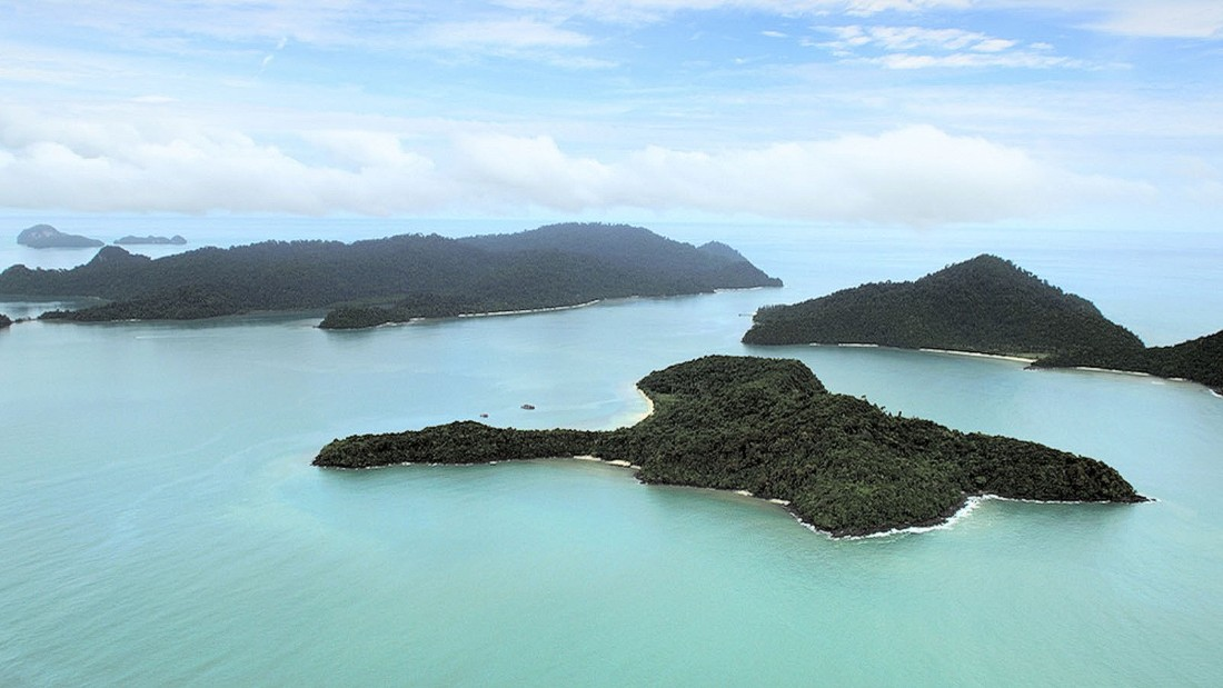 Another tropical paradise of Malaysia is Langkawi island, which is surrounded by about 100 islets.