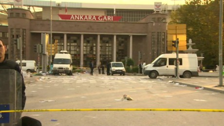turkey ankara bomb blast on the scene sot damon_00001013