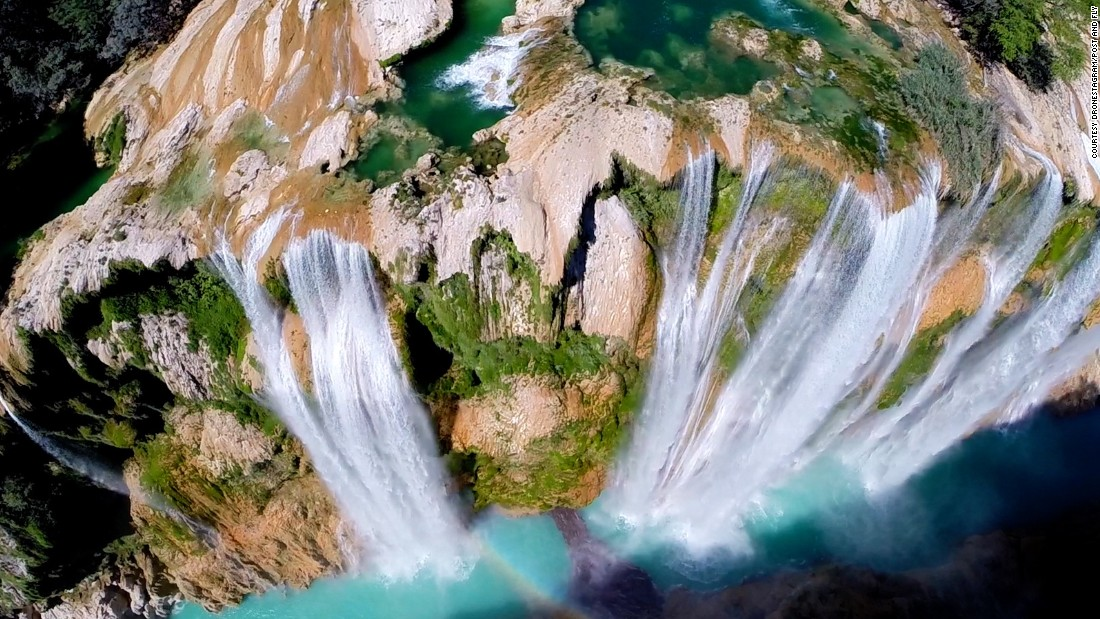 """Tamul is the biggest waterfall in San Luis Potosi, at 105 meters high,"" explained photographer Postandfly. ""It's also one of the most beautiful waterfalls in Mexico."" To see a drone video of the same waterfall, visit his<a href=""https://vimeo.com/90723888"" target=""_blank""> vimeo post here</a>."