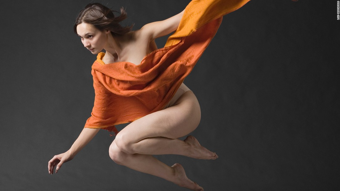 "For her photo book ""Moving Still,""<a href=""http://www.cnn.com/2015/10/13/arts/cnnphotos-moving-still-dancers/index.html"" target=""_blank""> Lois Greenfield </a>photographed dancers from some of the world's leading dance companies. Her photos are split-second captures of the dancers' movements."