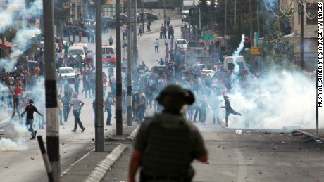 Tensions escalate between Israelis, Palestinians