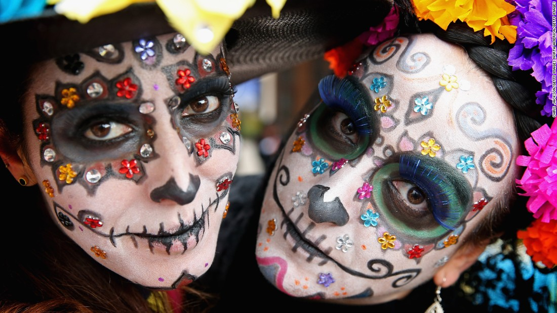 Mexico's 'Day of the Dead' national holiday will provide a colorful finale for the Mexican Grand Prix with celebrations beginning on race day.