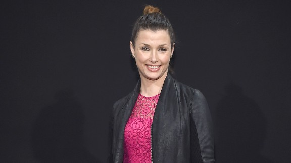 Actress Bridget Moynahan revealed on her Instagram account that she married businessman Andrew Frankel in October 2015.