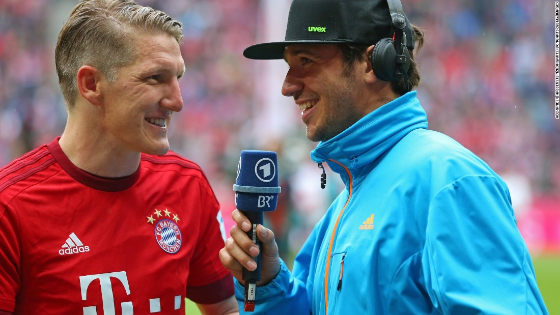 Last seen singing with Usain Bolt at Oktoberfest, Felix Neureuther is no stranger to mixing it with other sports - seen here interviewing Bastian Schweinsteiger when he was still a Bayern Munich player. On the slopes, he's a slalom specialist.