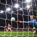 Neuer save champions league
