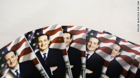 Ted Cruz flyers are displayed at the Iowa Faith and Freedom Coalition annual banquet and presidential forum  Saturday Sept. 19, 2015 in Des Moines, Iowa.  (Taylor Glascock for CNN)