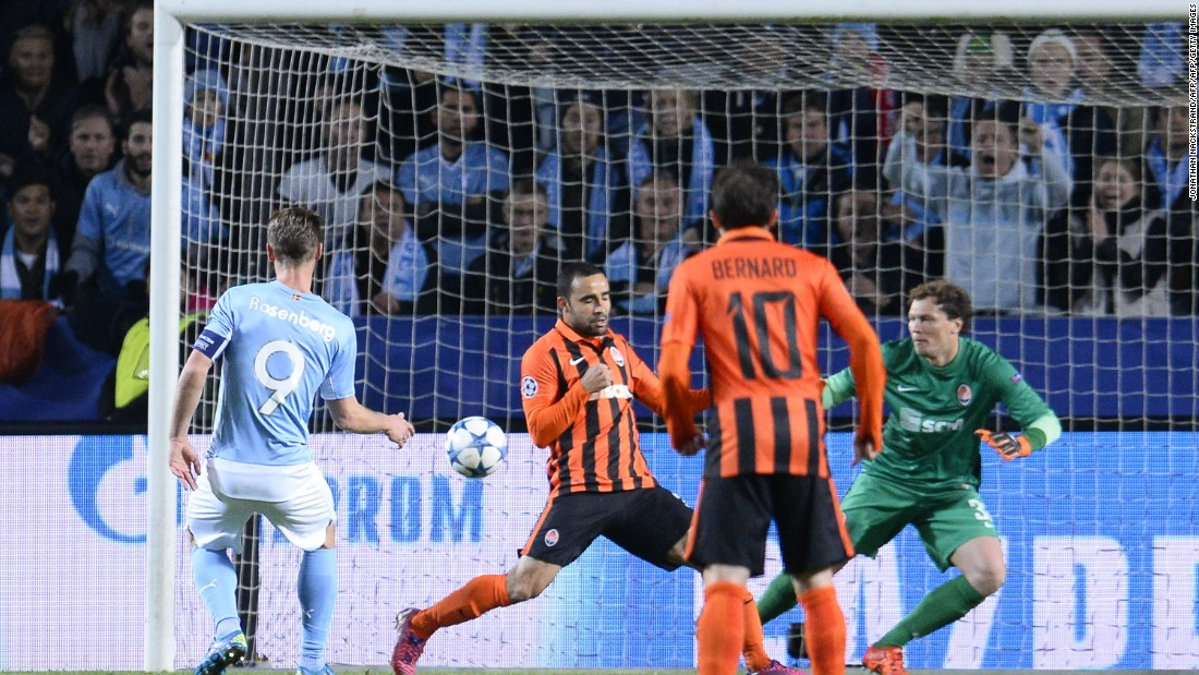 Markus Rosenberg scored the only goal of the game as Malmo grabbed its first Champions League win of the season.