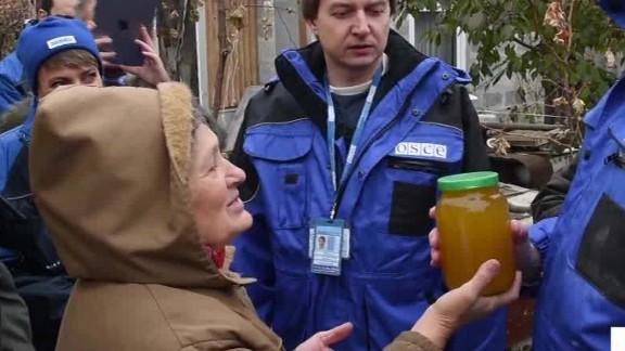 ukraine conflict aid intv bociurkiw walker intv_00005815.jpg