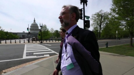 In 2013, Sandy visited Washington to lobby for increased funding for Alzheimer's research.