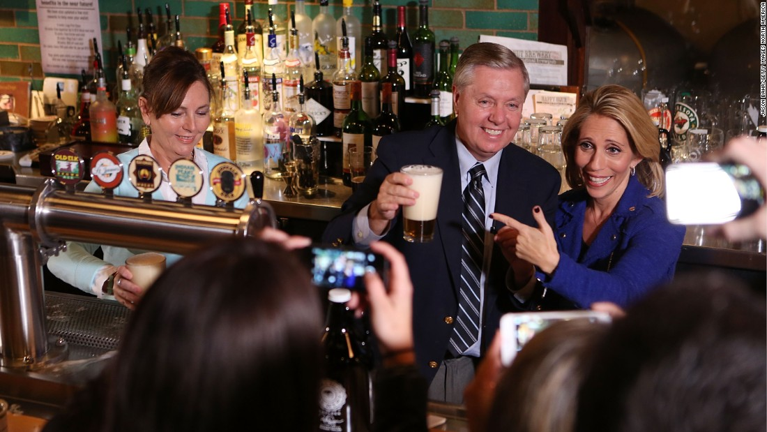 151028123940 graham bash bar super 169 politicians drinking beer