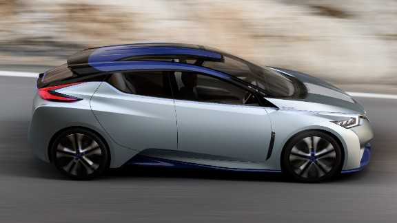 Nissan claims the IDS weighs less than most electric cars, helping to extend its range on a single charge.