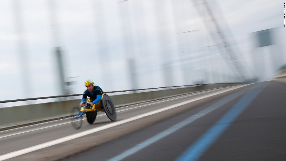 An athlete in the Wheelchair Division crosses the Verrazano-Narrows Bridge.