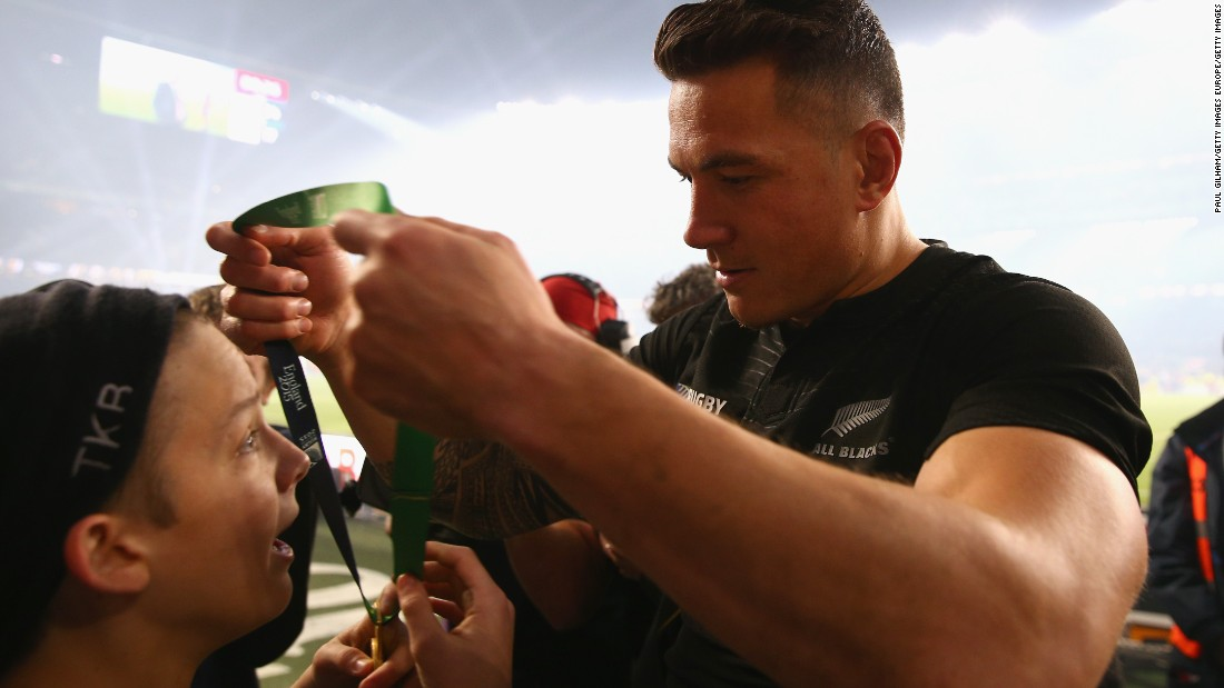 The All Blacks center handed over his 2015 World Cup winner's medal to 14-year-old fan Charlie Lines after his side had defeated Australia at Twickenham.