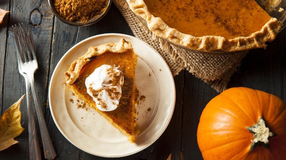 Before you head back for seconds, make sure that pumpkin pie -- or any other pie with an egg-based filling -- hasn