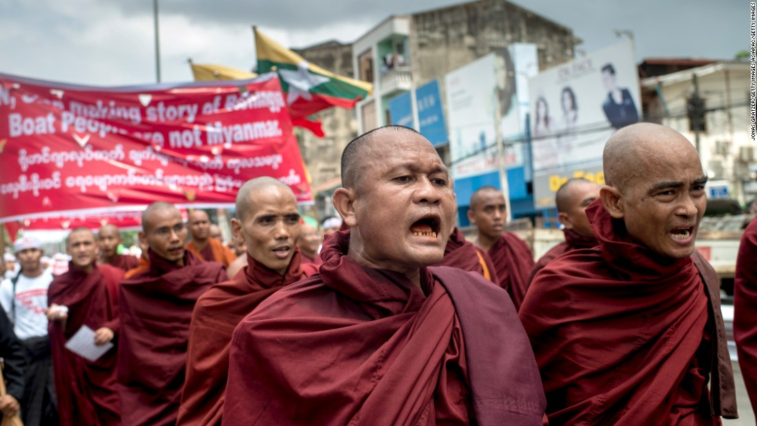 Buddhist monks demonstrate against the U.N. and the return of Rohingya Muslims May 27, 2015 in Yangon.