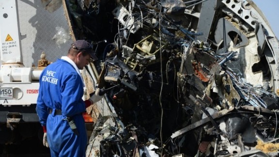 Handout pictures taken on November 2, 2015 and released on November 3, 2015 by Russia's Emergency Ministry shows Russian emergency services personnel and Egyptian servicemen working at the crash site of a A321 Russian airliner in Wadi al-Zolomat, a mountainous area of Egypt's Sinai Peninsula. Russian airline Kogalymavia's flight 9268 crashed en route from Sharm el-Sheikh to Saint Petersburg on October 31, killing all 224 people on board, the vast majority of them Russian tourists.