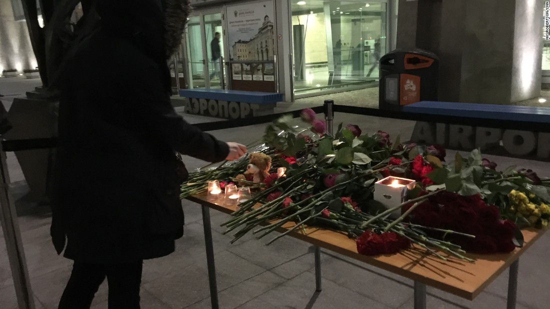 Metrojet Flight 9268 was supposed to land in St. Petersburg, Russia, on Saturday, October 31. Instead, it crashed in the Sinai Peninsula in Egypt, killing all 224 people on board. Within hours of the disaster, a small table was set up at the airport in St. Petersburg for people to lay flowers.
