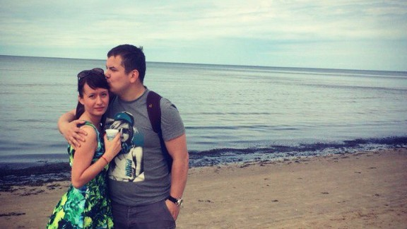 Leonid Gordin and Alexandra Illarionova on holiday at an Egyptian beach resort. The young Russian couple died on board Metrojet Flight 9268.