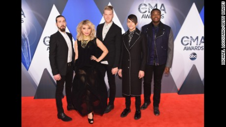CMA Awards: On the red carpet