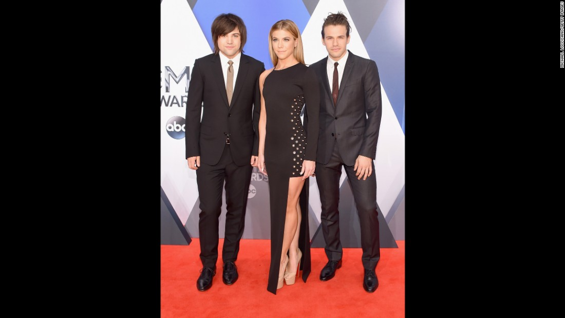 Neil Perry, Kimberly Perry and Reid Perry of The Band Perry