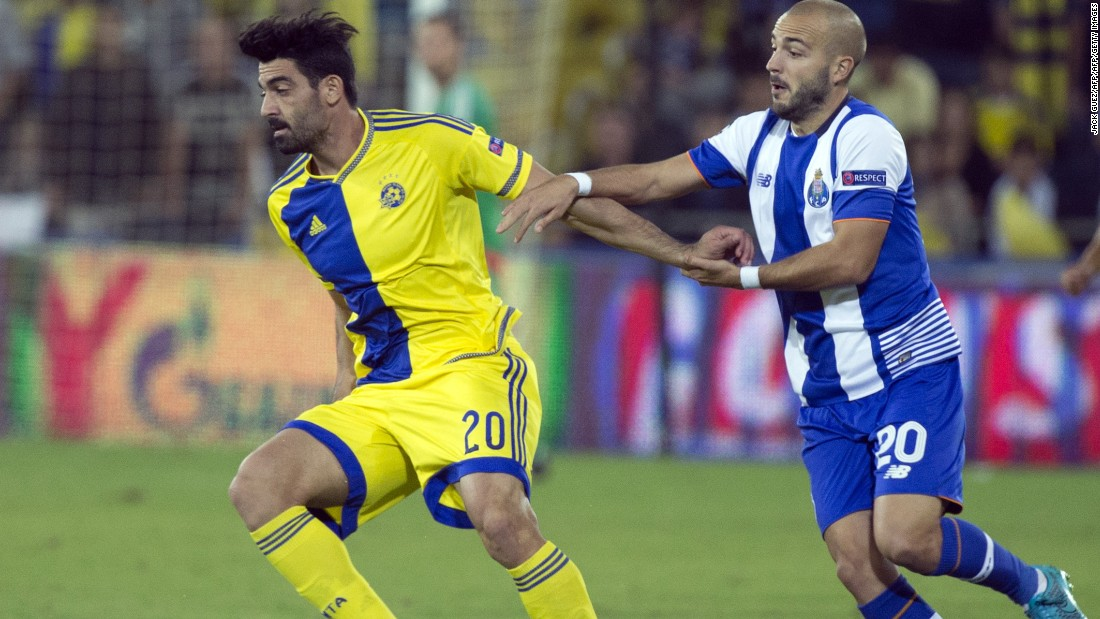 Porto eased to a 3-1 win over Maccabi Tel Aviv in Israel. Cristian Tello, Andre Andre and Miguel Layun were all on target for the Portuguese side.